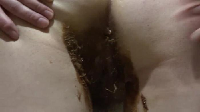 Scat - Girl near the toilet shit - Solo (Extreme) [FullHD, 1080p]