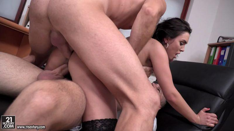 Geni Juice, Csoky Ice, Toby - Double Duty at the Office (18.09.2016) [21Sextury, DPFanatics / SD]