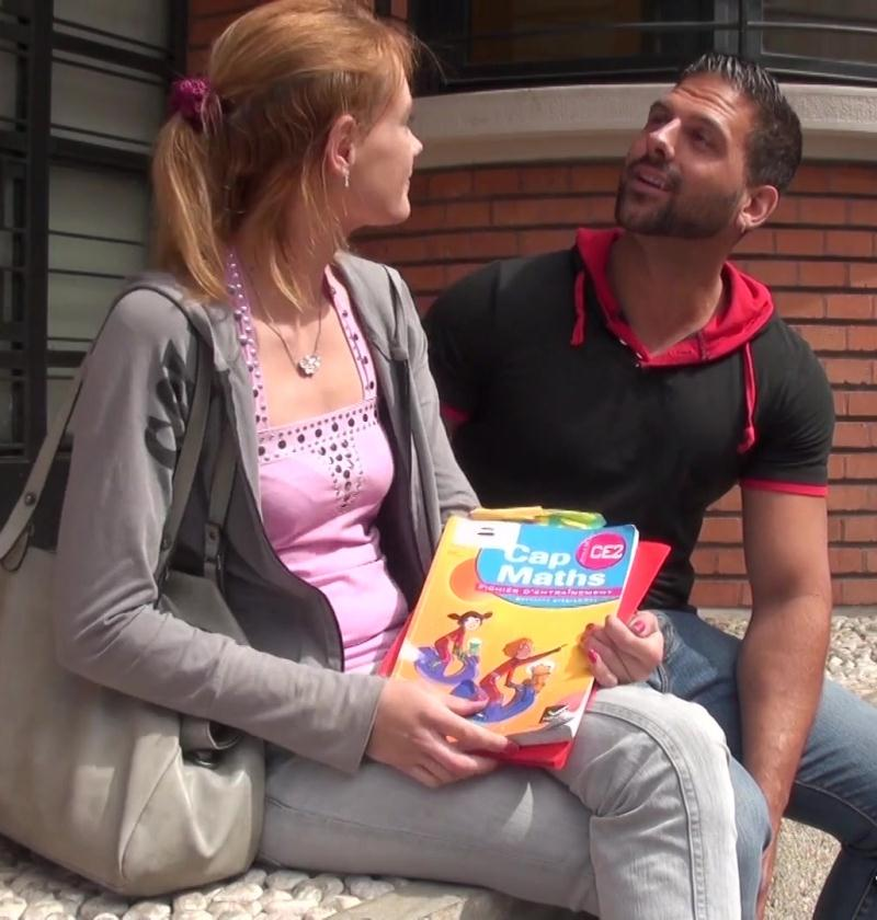 JacquieEtMichelTV: Anna - Anna joue a domicile!  [HD 720p] (354 MiB)