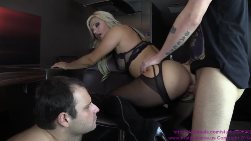 Cuckold Served a Warm Meal (Female Domination) [Clips4sale, BratPrincess / FullHD]