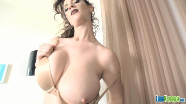Lana Kendrick - Nude Bra 2 - lanakendrick.com (HD, 720p) [Solo, Striptease, Big Natural Tits, Big Tits]