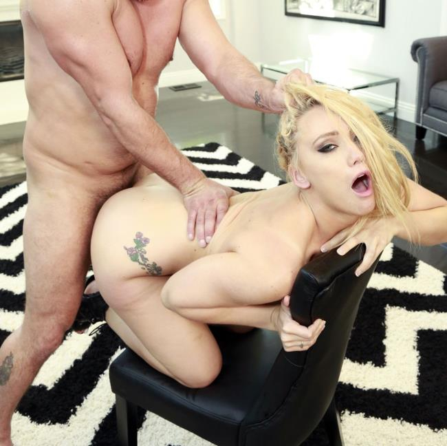 AJ Applegate - Blonde Bubble Cheeks And Pink Juices  [HD 720p]