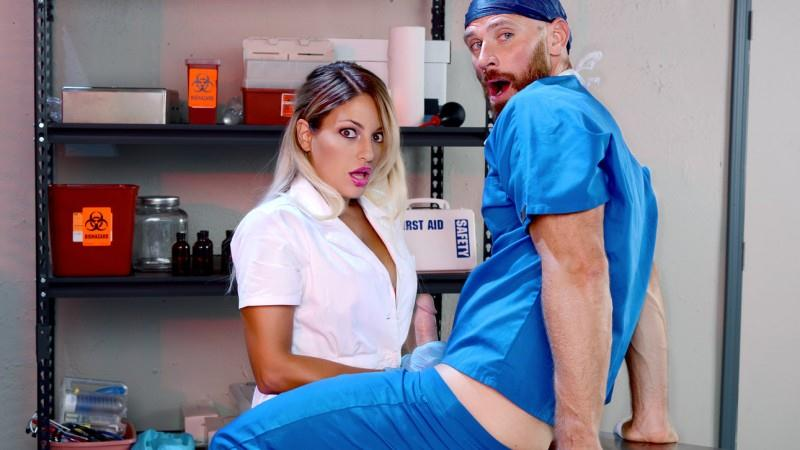 Kissa Sins - One For The Doctor (07.09.2016) [DigitalPlayground / SD]