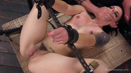 Rachael Madori - Cunt! [HD, 720p] [D3v1c3B0nd4g3.com] - BDSM