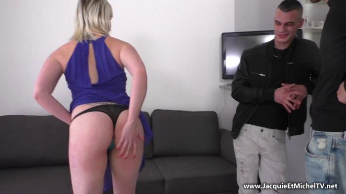 French Exclusive - Anthea - Totalement accro a la double ! [FullHD 1080p]