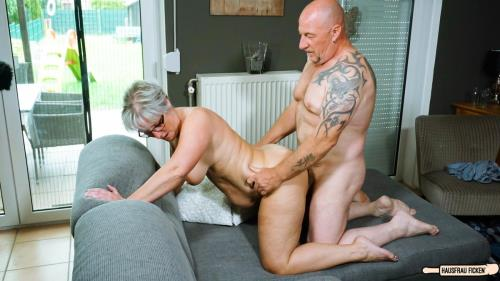 Brigitte T. - Tattooed chunky German granny sucks and fucks her badass husband (Hausfrau Ficken) [FullHD 1080p]