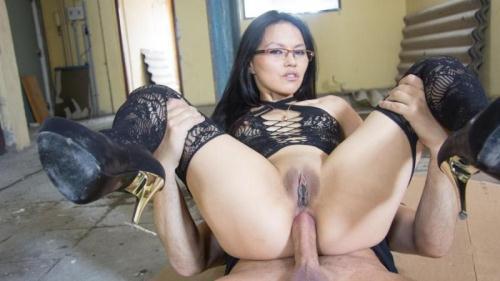 ChicasLoca.com [Lady Mae - Anal Fuck] SD, 480p