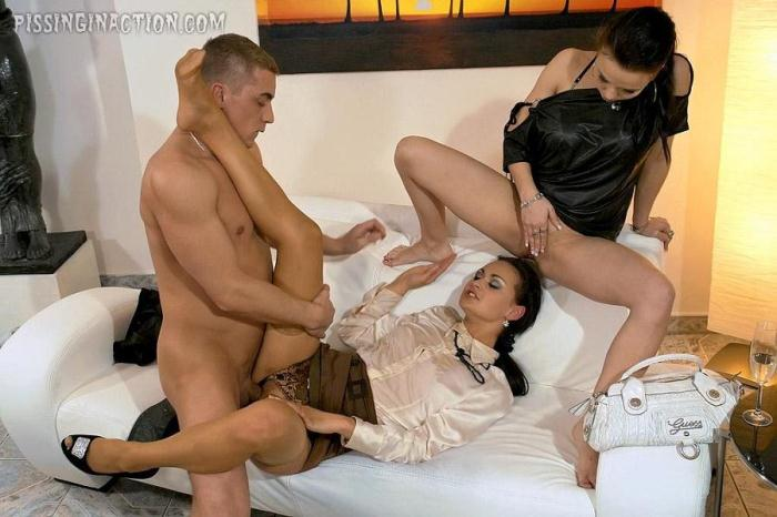 T41nst3r.com - Elis Diamond, Ally Style - Straight To Piss Business (Pissing) [HD, 720p]