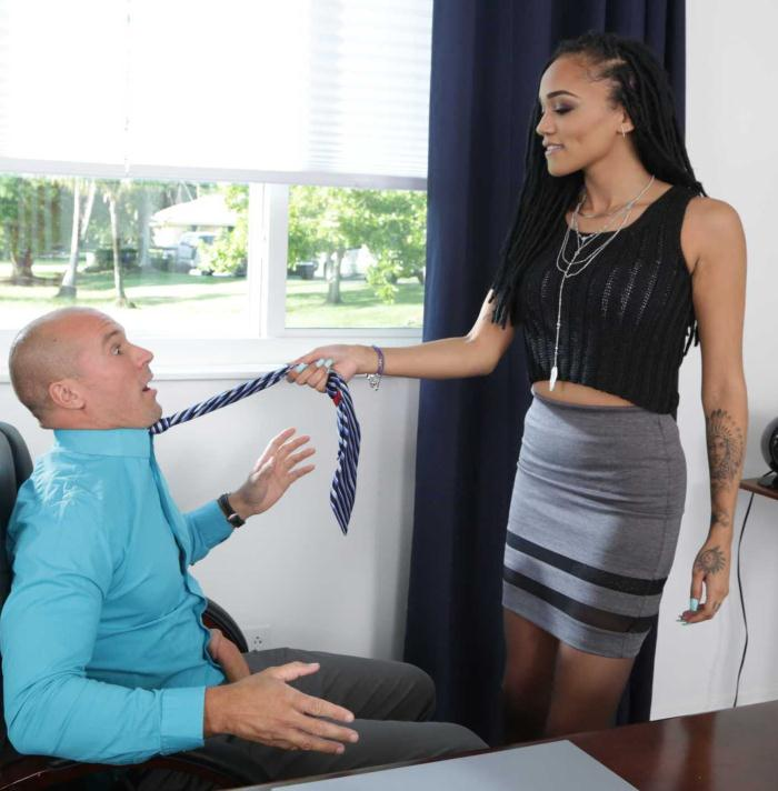 Julie Kay - Naughty Office  [HD 720p]