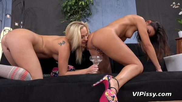 Adele and Vinna Reed [VP] [SD] [460 MB]