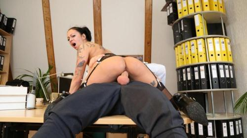 [Mareen Deluxe - Mischievous German secretary gets cum on pussy after raunchy fuck with boss] SD, 480p
