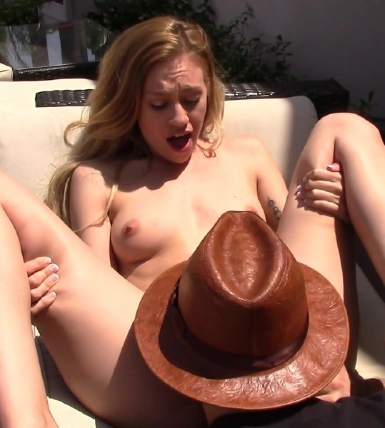 Vixenx.com - Lyra Law - Private Property [FullHD 1080p]