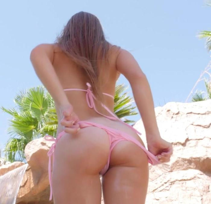 Lilly Ford - Wild Wet Ride  [HD 720p]