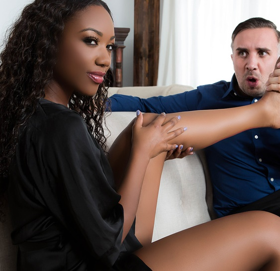 RealWifeStories/Brazzers - Chanell Heart - The Ultimate Pedicure [SD 480p]