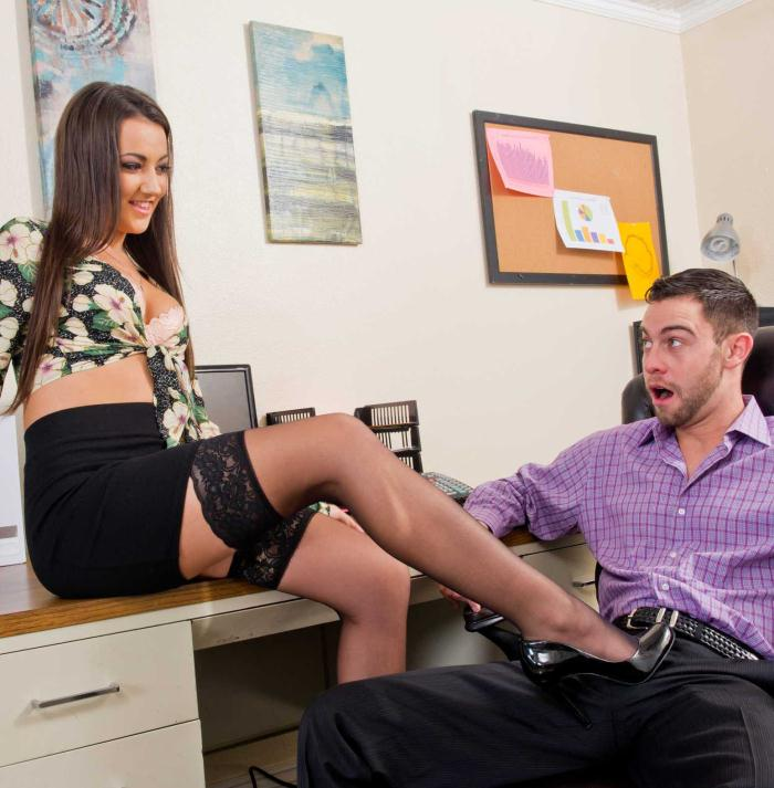 Lily Adams - Naughty Office  [HD 720p]