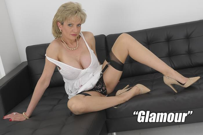 Lady Sonia - Good Old Fashioned Glamour [FullHD 1080p] Lady-Sonia.com