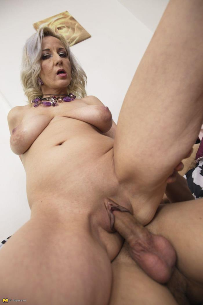 Mature.nl - Brenda B. (39) - This hot housewife loves to play [HD 720p]