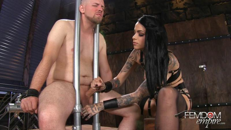 Leigh Raven (Ruined to Please / 13.10.2016) [FemdomEmpire / FullHD]