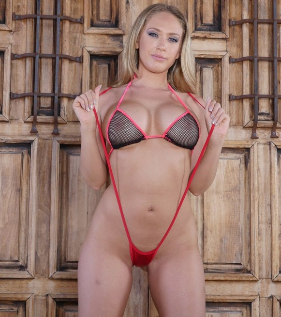 Ex-girlfriends/CumLouder: Kagney Linn Karter - Pleasuring Kagney Linn Karter  [HD 720p]  (Big Tits)