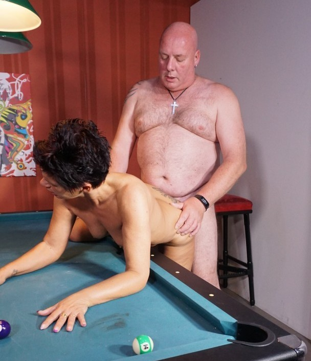 HausFrauFicken/PornDoePremium - Meggy [Black-haired German granny is a cheating housewife with a mouthful of cock] (HD 720p)