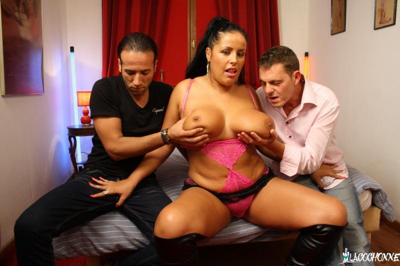LaCochonne.com: Tatyana - Two Studs Fuck Busty And Curvy Brunette For Amateur French Porn Tape [SD] (478 MB)