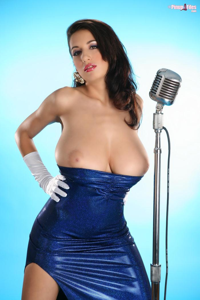 Pinupfiles.com - Jana Defi - Jessica Rabbit Blues 1 (Big Tits) [SD, 480p]