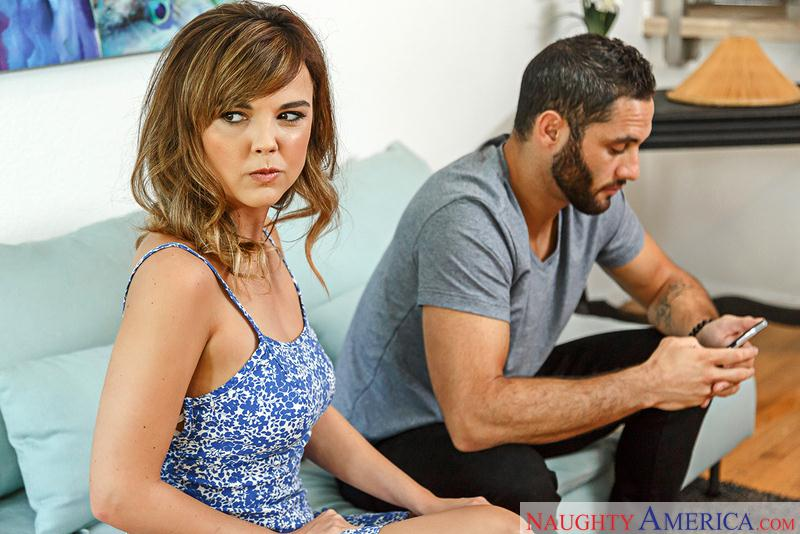 Dillion Harper (Blonde with Big Tits / 10.10.2016) [NaughtyAmerica / SD]