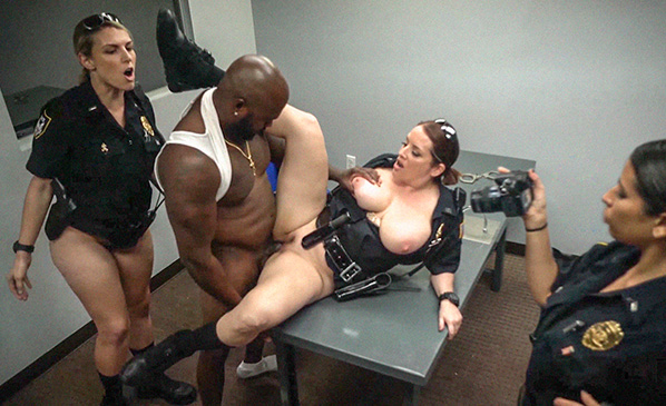 (BlackPatrol.com) Amateur - Milf Cops take down Illegal Prostitution Ring (SD/480p/311 MB/2016)