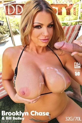 DDFBusty.com [Lagoon Of Lust - Busty Blonde Enjoys Sunshine Hardcore Bang] SD, 540p