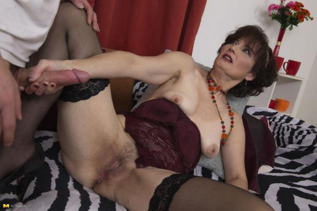Mature.nl: Alice S. (51) - A special movie made exclusively (FullHD/2016)