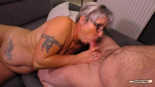 HausfrauFicken.com [Brigitte T - Tattooed chunky German granny sucks and fucks her badass husband] SD, 480p