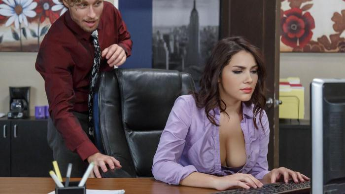 Valentina Nappi (Big Tits At Work / 20.10.2016) [SD/480p/MP4/259 MB] by XnotX