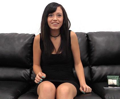 B4ckr00mC4st1ngC0uch.com [Tia - Teen Latina] SD, 270p