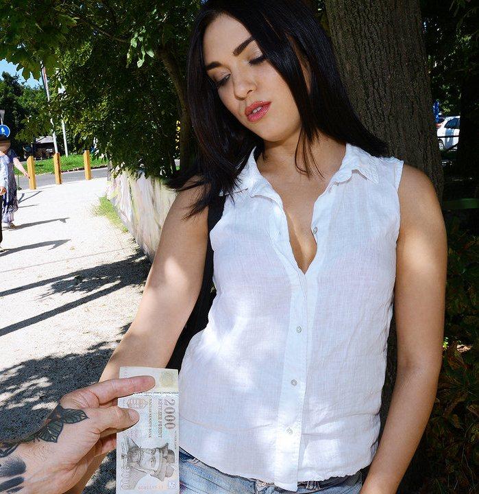 PublicPickUps/Mofos: Jenny Sapphire - Euro Cuties Outdoor Facial  [SD 480p]  (Public)