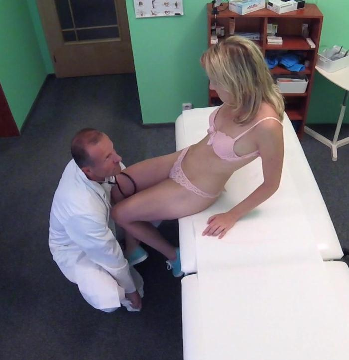 Victoria Pure - Cute Patient Fucked Hard by Doctor  [FullHD 1080p]