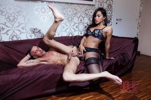 Beatrice Andrade, Raul Montana - Lust, Love and Luxury [FullHD, 1080p] [JolieAndFriends.com] - Shemale