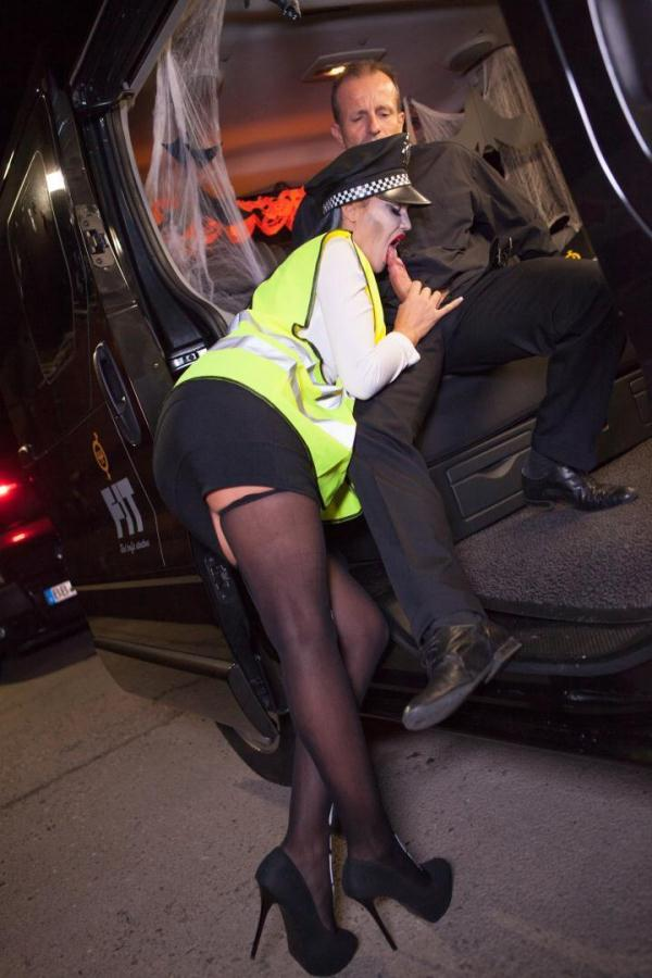 Jasmine Jae - British Babe Jasmine Jae Plays The Police Woman In Halloween Decorated Car [SD 480p]