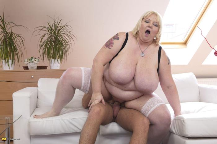 Mature.nl - Halina K. (40) - Big breasted BBW doing her toyboy [FullHD 1080p]