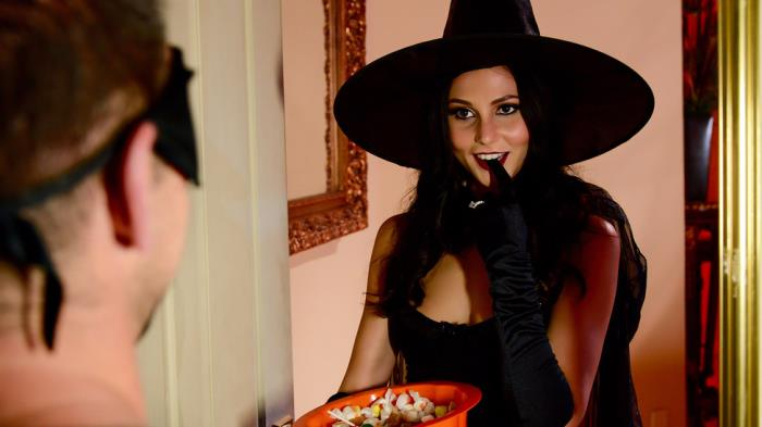 Ariana Marie - Dick Or Treat [SD 480p] RealWifeStories.com