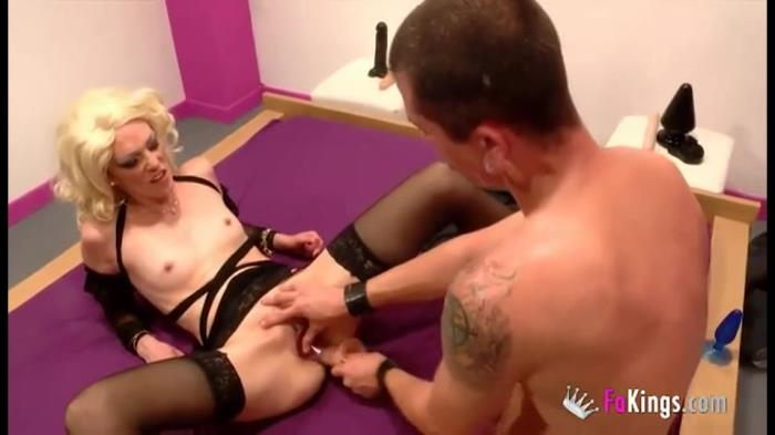 Carla - Horny slut Carla discovers the hard sex [SD 540p]