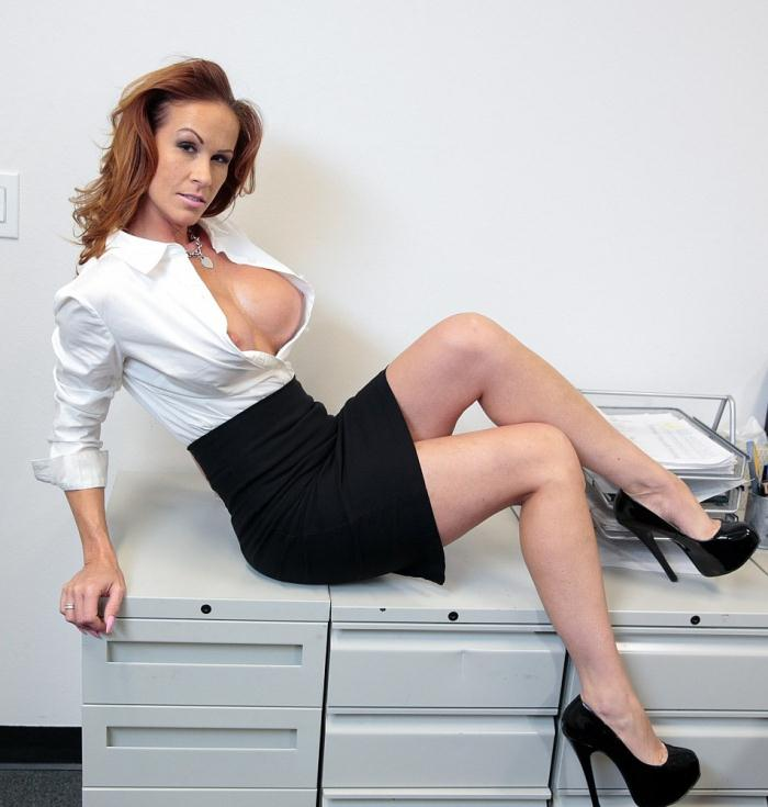 Sabrina Cyns - Latina Sabrina Cyns has an office affair  [HD 720p]