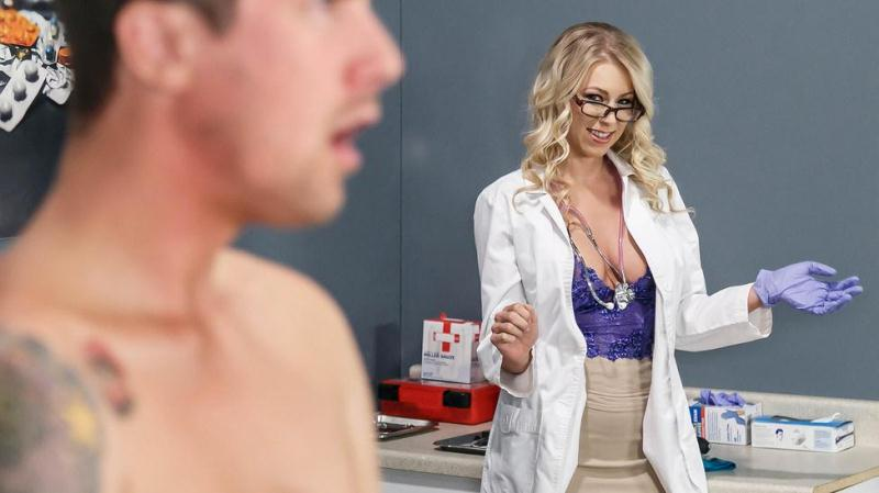 Katie Morgan (Titted Blonde Milf / 15.10.2016) [Brazzers / SD]