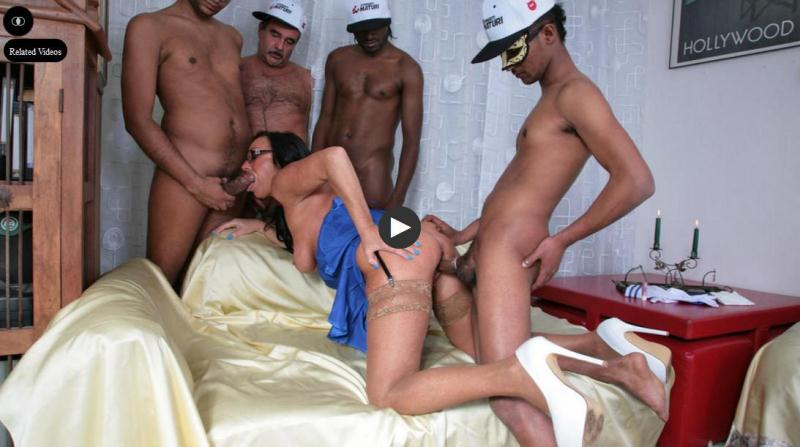 Laura Rey - Busty pornstar gets fucked by four guys (2016-05-10) [PornDoePremium / SD]