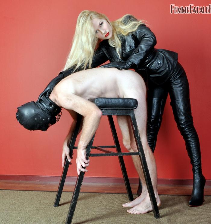 FemmeFataleFilms: Mistress Eleise de Lacy - What Mistress Wants  [HD 720p]  (Femdom)