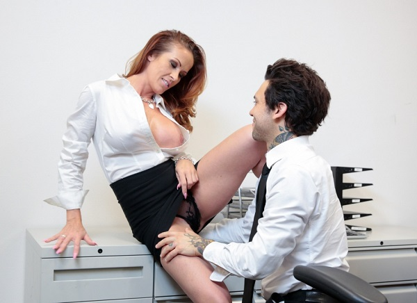 SheWillCheat.com - Sabrina Cyns - Latina Sabrina Cyns Has An Office Affair [FullHD 1080p]