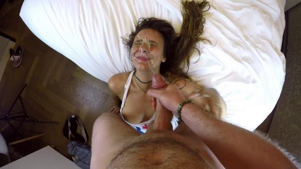 (ManyVids.com) Mariah Leonne - Threesome Tinder Stranger Facial part 1 (FullHD/1080p/1.95 GB/2016)