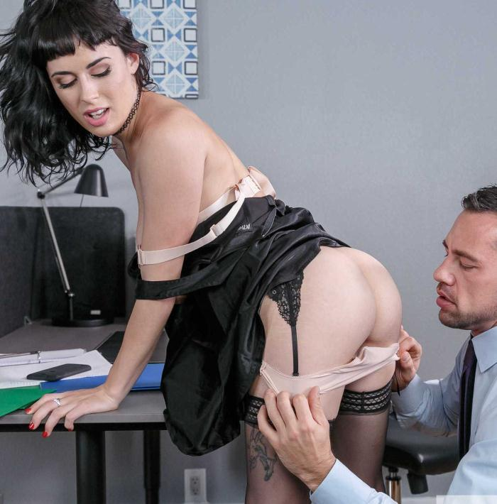 Olive - Naughty Office  [HD 720p]