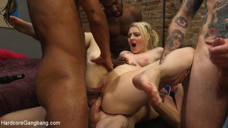 H4rdc0r3G4ngB4ng.com: Spunky Cheerleader Gets All Her Holes Stuffed!! [HD] (2.88 GB)