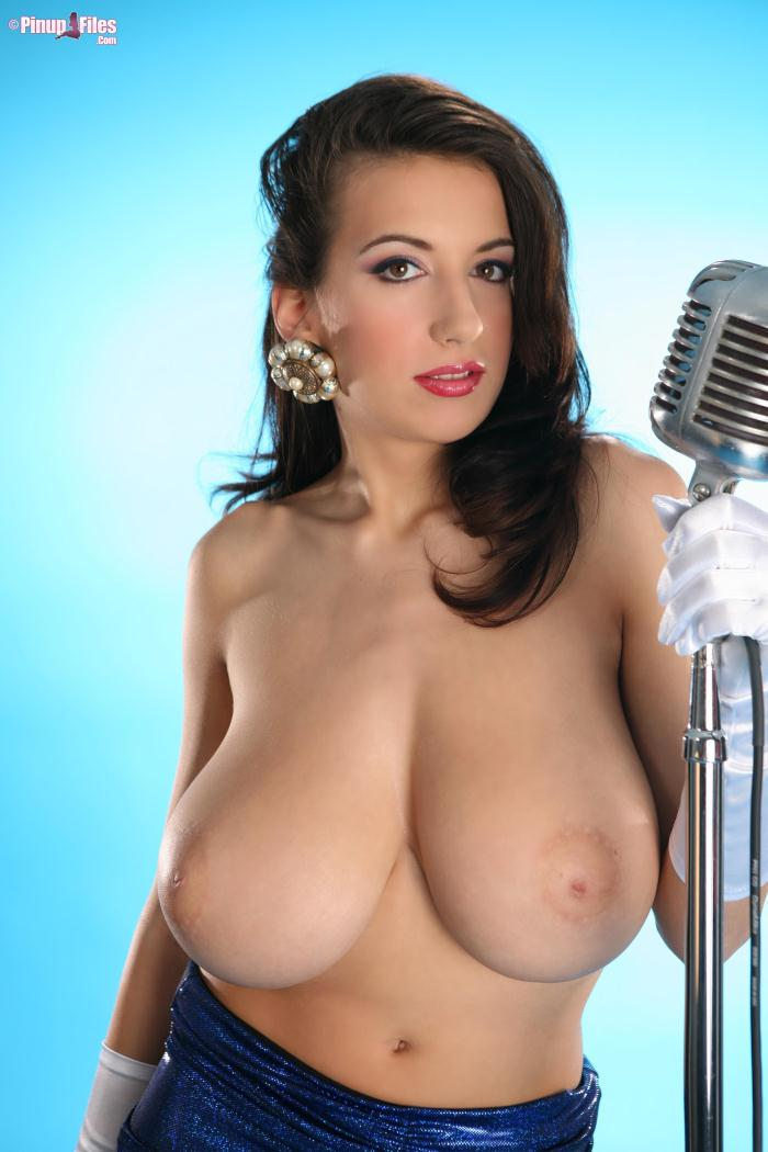 Pinupfiles.com - Jana Defi - Jessica Rabbit Blues 2 (Big natural tits) [SD, 480p]