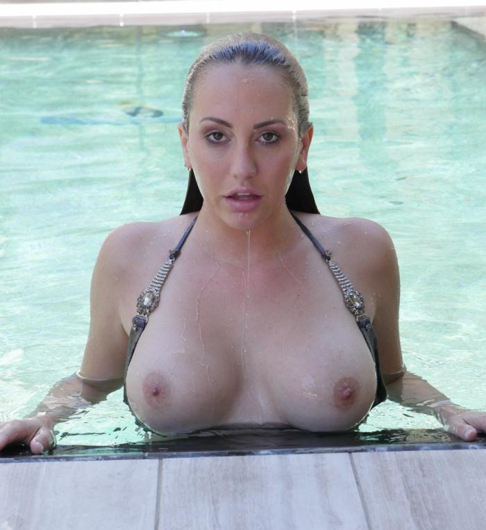 Brett Rossi - Summer Swim  [HD 674p]